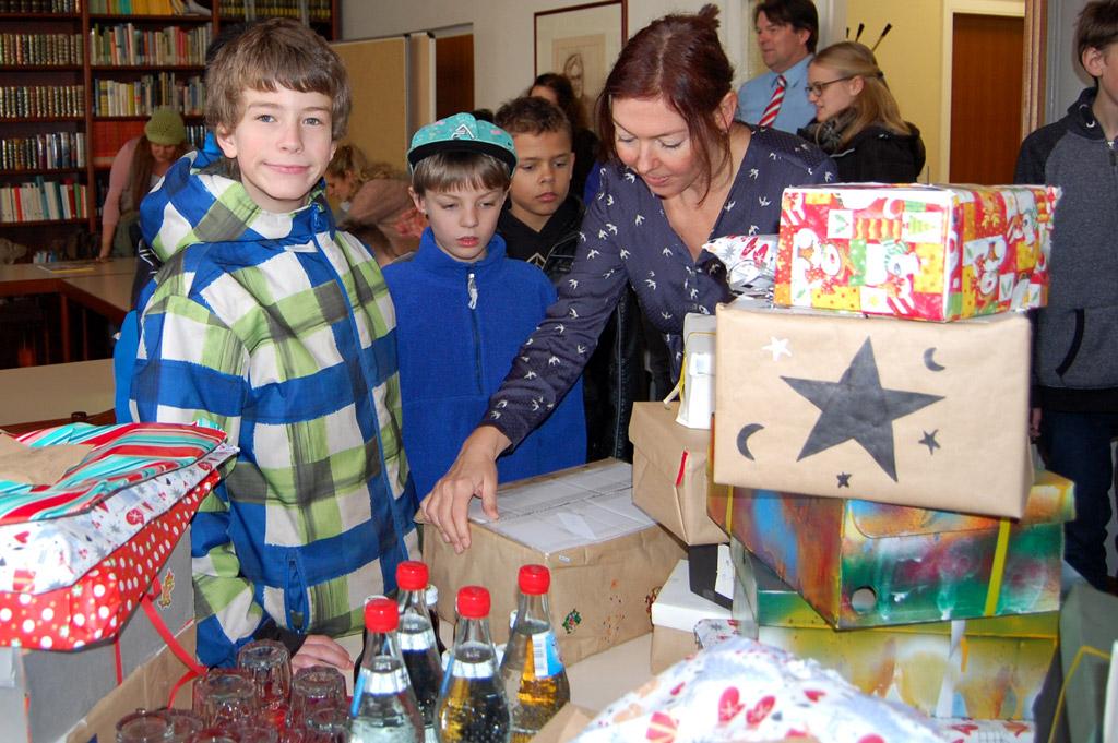 Kinderheim Weihnachtsgeschenke.Kinder Und Jugenddorf Klinge Weihnachtsgeschenke Von Schülerinnen